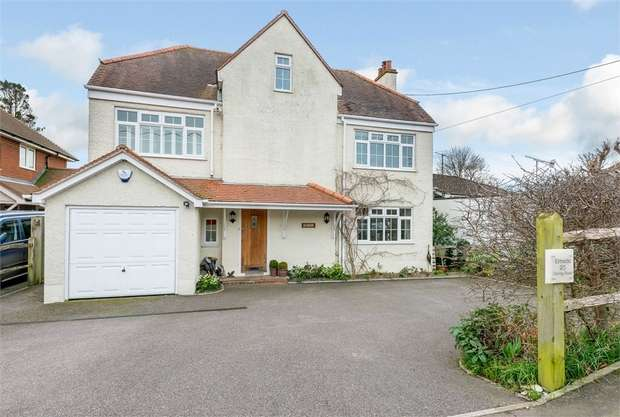 5 Bedrooms Detached House for sale in Goring Road, Steyning, West Sussex