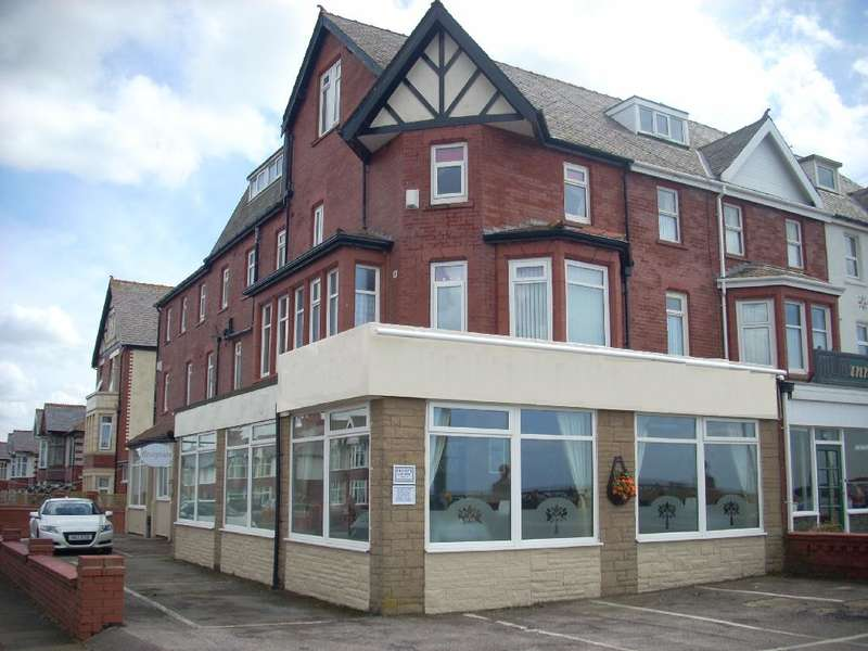 10 Bedrooms Hotel Commercial for sale in Queens Promenade, BLACKPOOL, FY2 9NS