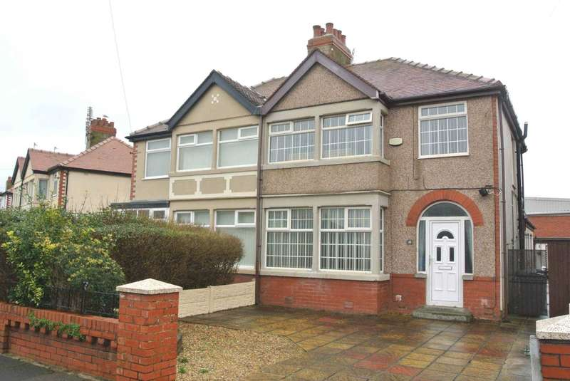 4 Bedrooms Semi Detached House for sale in Westmoreland Ave, Thornton Cleveleys