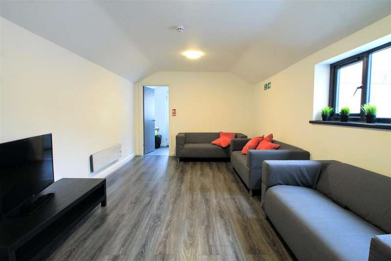6 Bedrooms Block Of Apartments Flat for sale in City Road, Roath, Cardiff