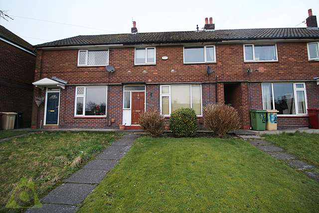 2 Bedrooms Semi Detached House for sale in Bolton Road, Westhoughton, BL5