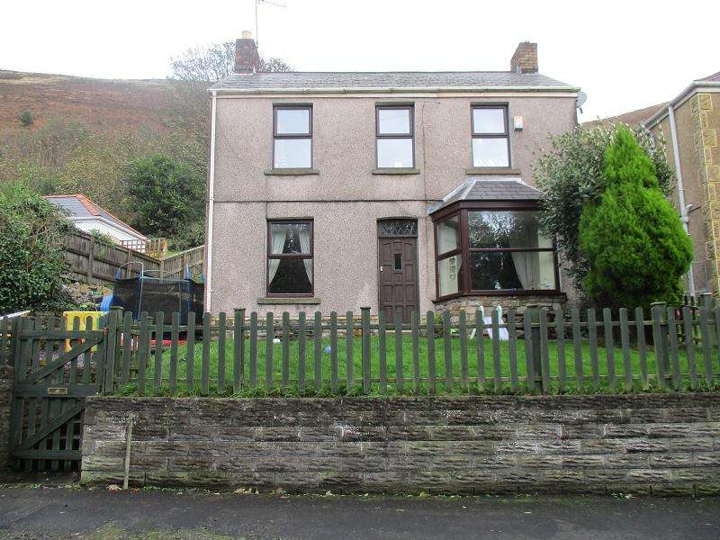 3 Bedrooms Detached House for sale in Lletty Harri , Port Talbot, Neath Port Talbot.