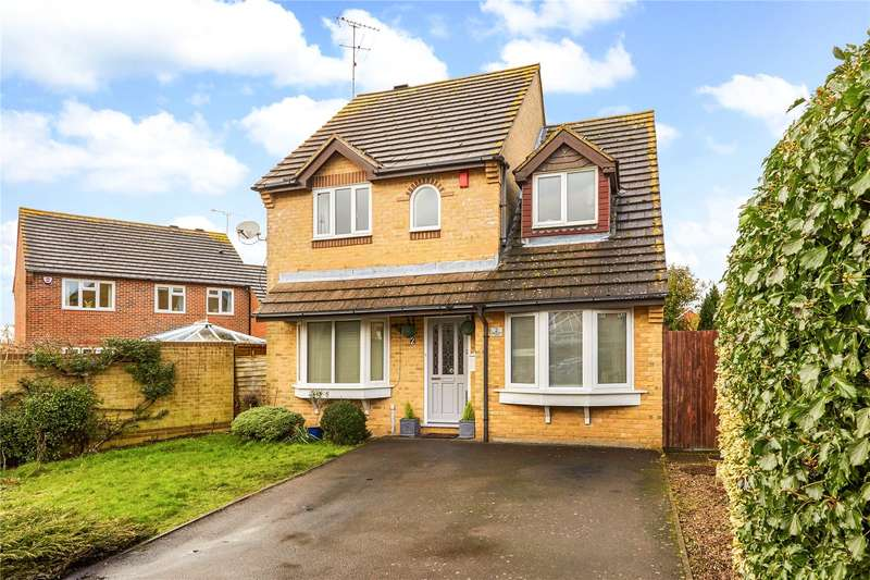 4 Bedrooms Detached House for sale in Fairbourne Lane, Caterham, Surrey, CR3