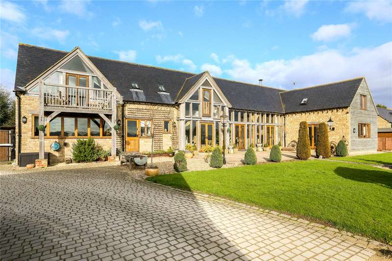 5 Bedrooms Detached House for sale in Barnes Green, Brinkworth, Wiltshire, SN15