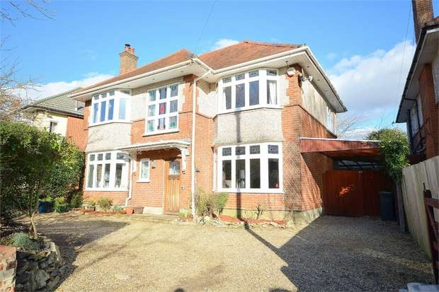 4 Bedrooms Detached House for sale in Bethia Road, Queens Park, Bournemouth