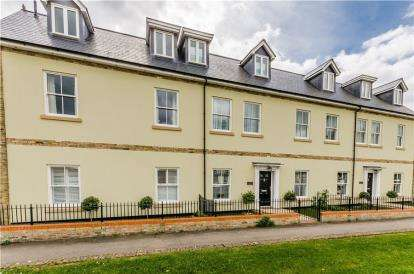 3 Bedrooms Flat for sale in Ely