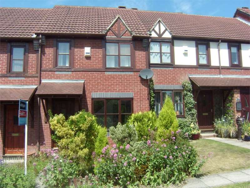 2 Bedrooms Terraced House for rent in Churchbank Way, Thornhill Lees