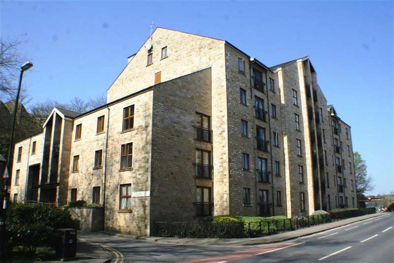 2 Bedrooms Flat for sale in Lune Square, Damside Street, Lancaster, LA1