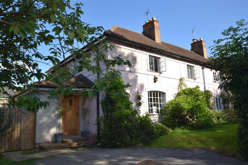 3 Bedrooms Semi Detached House for sale in Fentham Road, Hampton-In-Arden