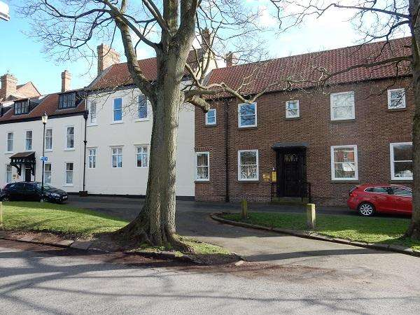 2 Bedrooms Apartment Flat for rent in Norton Hall, Norton, Stockton on Tees TS20