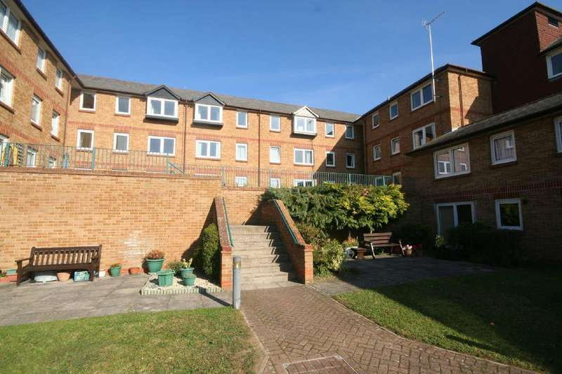 2 Bedrooms Retirement Property for sale in Hartfield Court, Ware