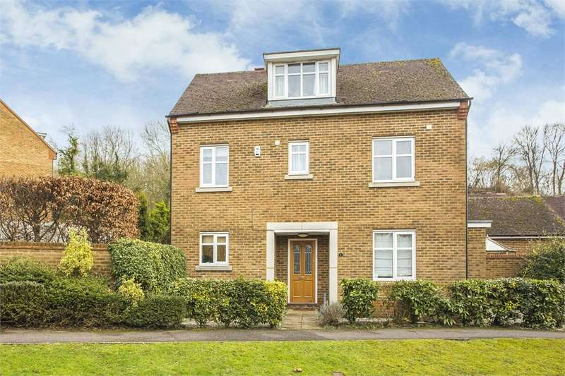 4 Bedrooms Detached House for sale in Summerhouse Lane, Harefield, Middlesex