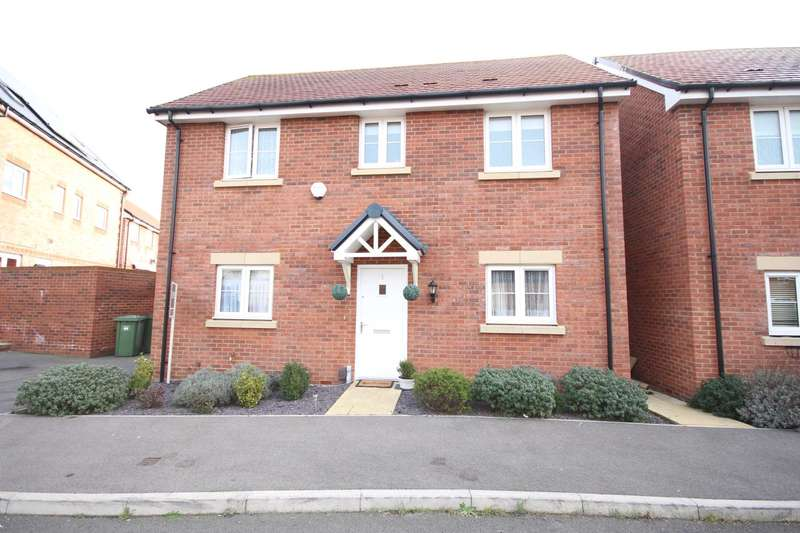 3 Bedrooms Detached House for rent in Heron Grove, Bracknell