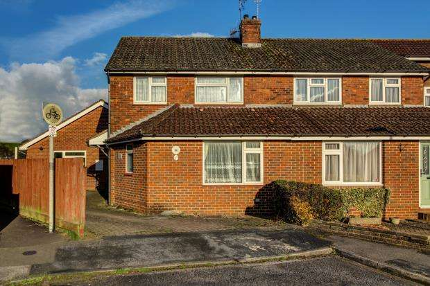 3 Bedrooms Semi Detached House for sale in Alton, Hampshire