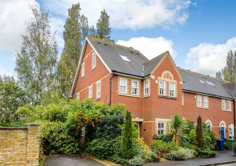 4 Bedrooms End Of Terrace House for sale in Plater Drive, Oxford, OX2