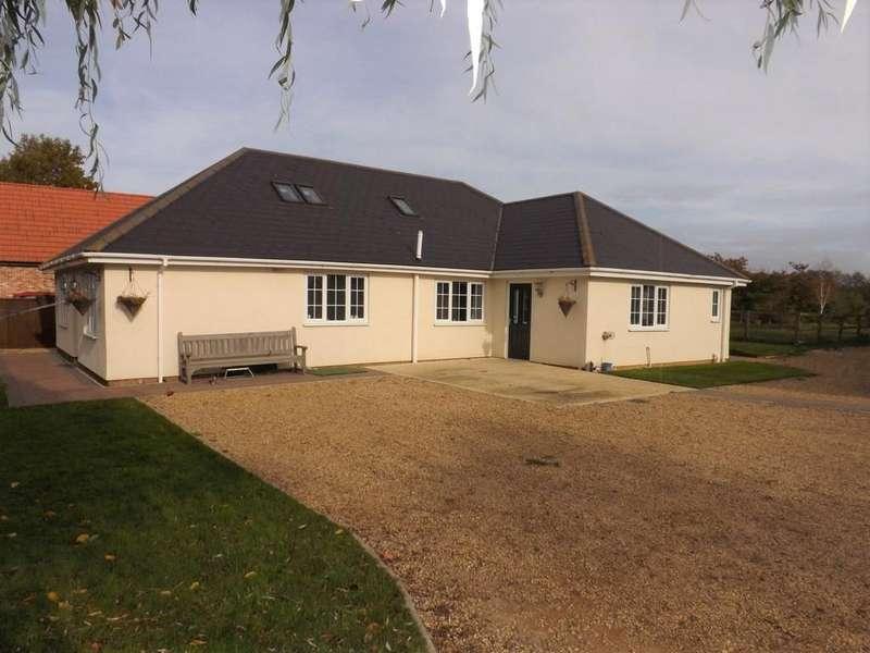 4 Bedrooms Detached Bungalow for sale in Roman Bank, Leverington, Wisbech