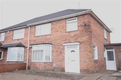 3 Bedrooms Semi Detached House for rent in Jute Road off Beckfield Lane