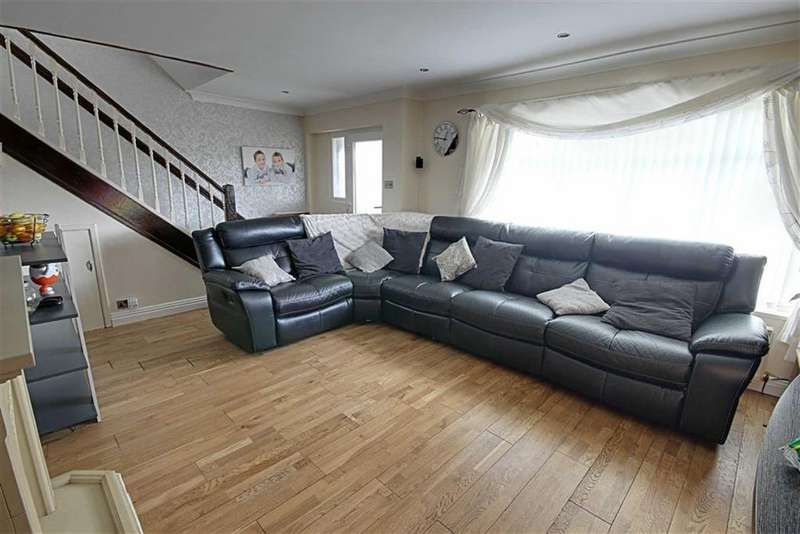 3 Bedrooms Semi Detached House for sale in Galsworthy Road, South Shields, Tyne And Wear
