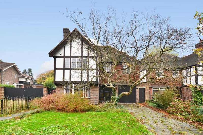 4 Bedrooms Detached House for sale in Sydenham Hill, Sydenham