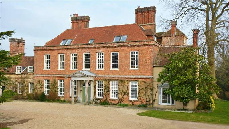 3 Bedrooms Flat for sale in Binderton House, Binderton, Chichester, West Sussex
