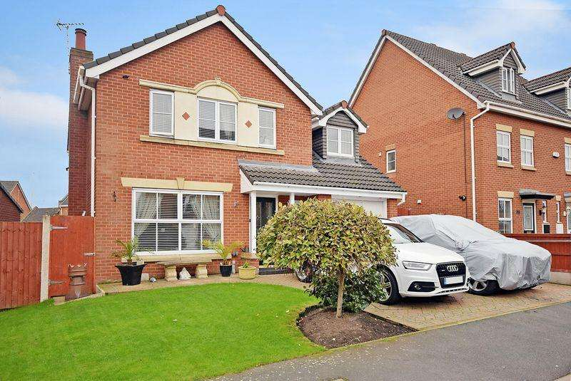 5 Bedrooms Detached House for sale in Rushmore Drive, Widnes