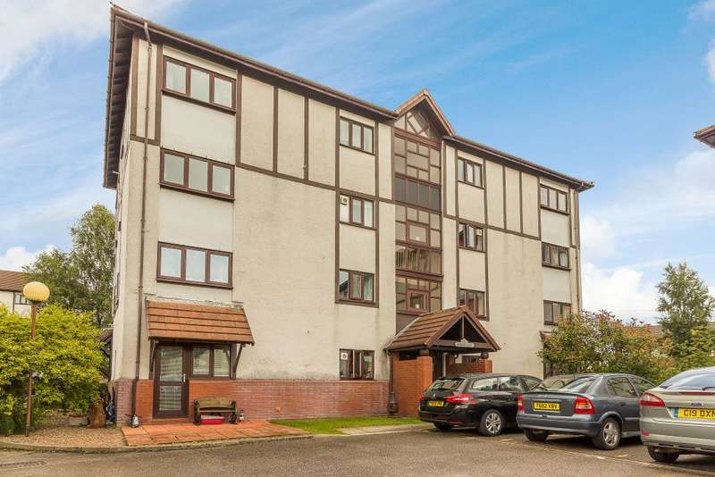 2 Bedrooms Maisonette Flat for sale in Porthcawl Court, Preston, Lancashire PR2 3YE