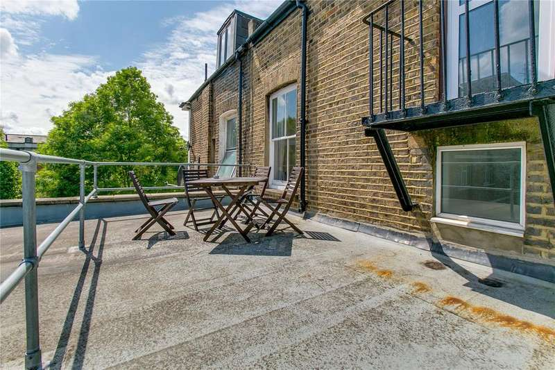 3 Bedrooms Flat for sale in Russell Gardens, Holland Park, London