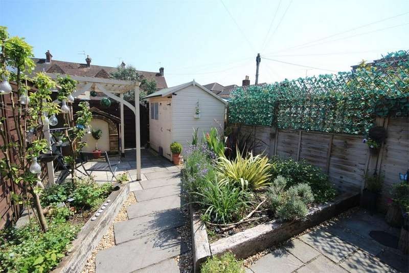 4 Bedrooms Cottage House for sale in 21 Denmark Road, POOLE, Dorset
