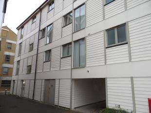 1 Bedroom Flat for sale in The Rope Walk, Canterbury, Kent