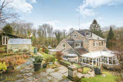 4 Bedrooms Semi Detached House for sale in Garrison View, Birch Vale, High Peak, Derbyshire