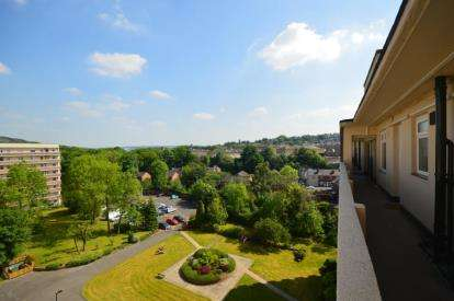 2 Bedrooms Flat for sale in Regent Court, Bradfield Road, Sheffield, South Yorkshire