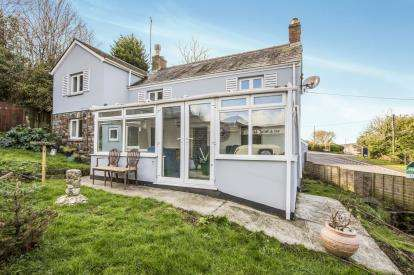 3 Bedrooms Detached House for sale in Dennison Road, Bodmin, Cornwall