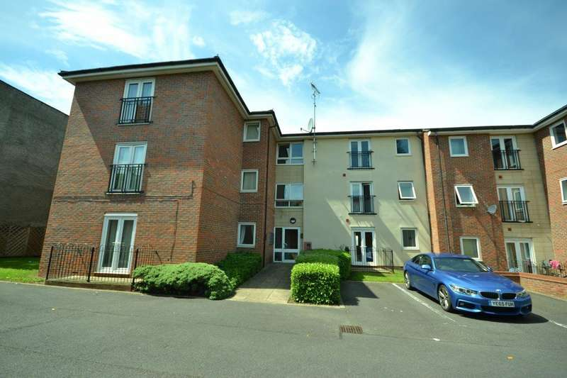 2 Bedrooms Flat for sale in The Strand Welford Road, Leicester