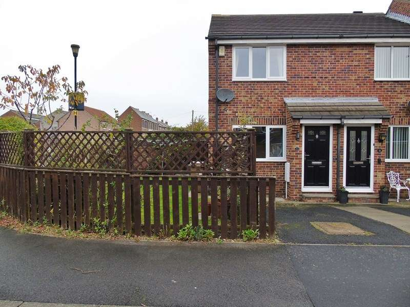 2 Bedrooms Property for sale in Dockwray Close, North Shields, Tyne and Wear, NE30 1JW