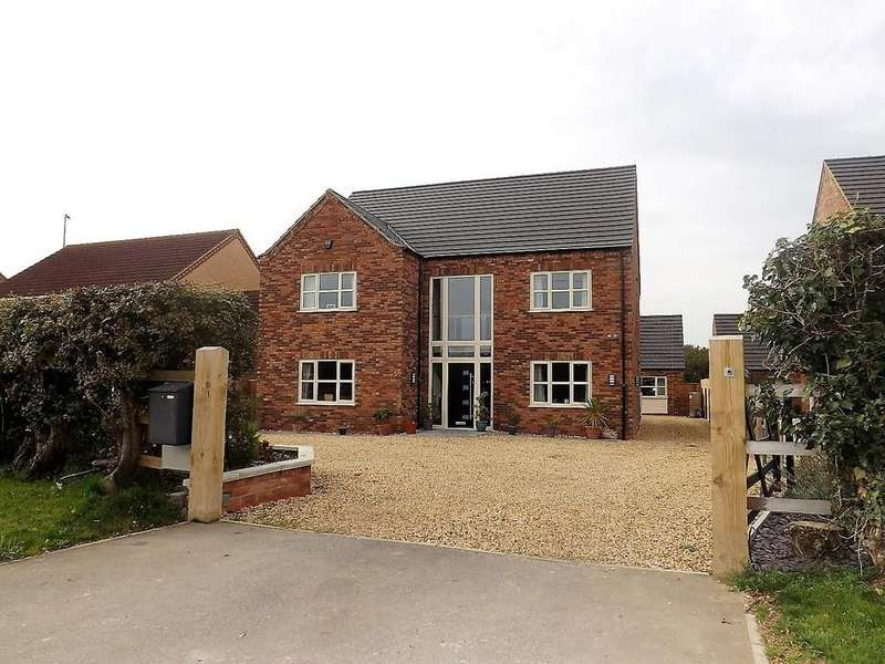 5 Bedrooms Detached House for sale in Gull Road, Guyhirn, Wisbech