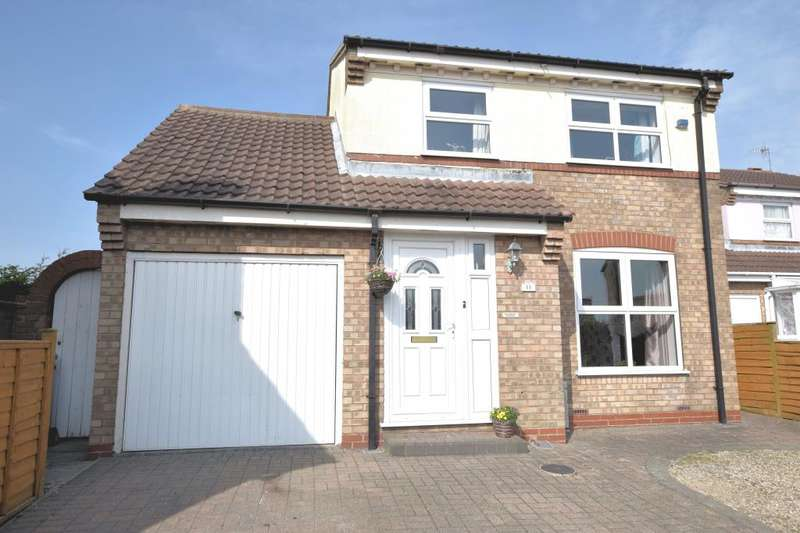 4 Bedrooms Detached House for sale in Jackson Close, Cayton, Scarborough, North Yorkshire YO11 3RW
