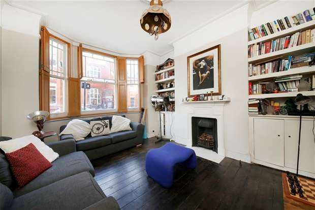 3 Bedrooms Flat for sale in Rushcroft Road, Brixton