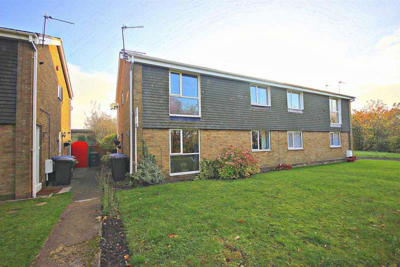 2 Bedrooms Flat for sale in Lincoln Walk, Great Lumley, Chester Le Street