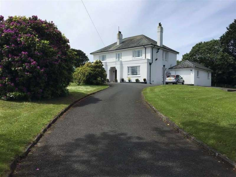4 Bedrooms Detached House for sale in Gwbert Road, CARDIGAN