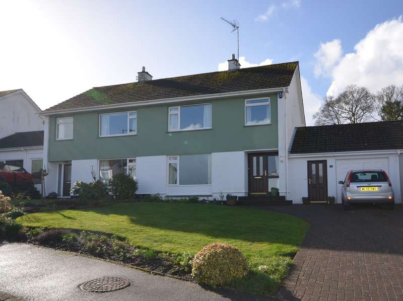 3 Bedrooms Semi Detached House for sale in 3 Bosvean Gardens