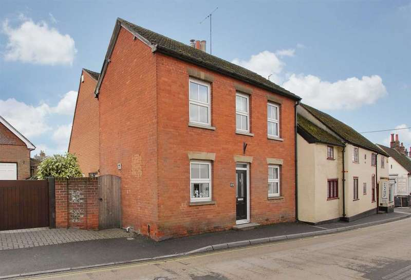3 Bedrooms Link Detached House for sale in High Street, Overton