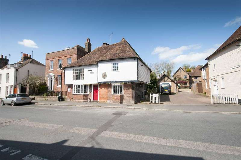 4 Bedrooms Detached House for sale in High Street, Charing