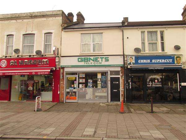 3 Bedrooms Commercial Property for sale in Romford Road, Manor Park, London