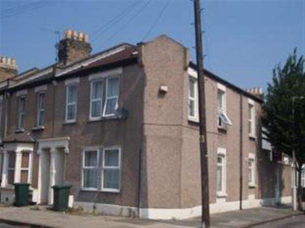 4 Bedrooms End Of Terrace House for sale in Addington Road, Canning Town, London