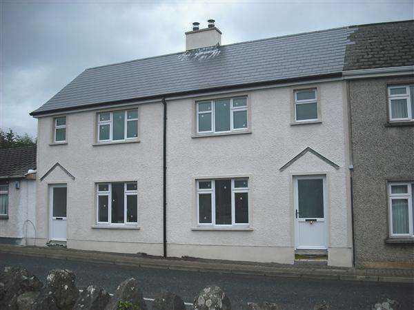 3 Bedrooms Town House for sale in Main Street