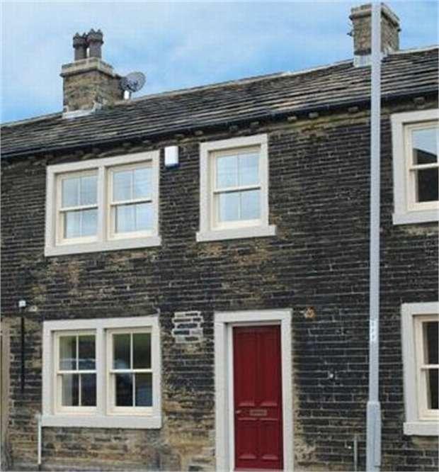 3 Bedrooms Terraced House for sale in Thornton Road, Denholme, Bradford, West Yorkshire