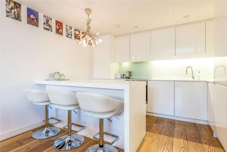 2 Bedrooms Flat for sale in Esquared Apartments, 3 Allgood Street, Hackney Road, Hoxton, E2