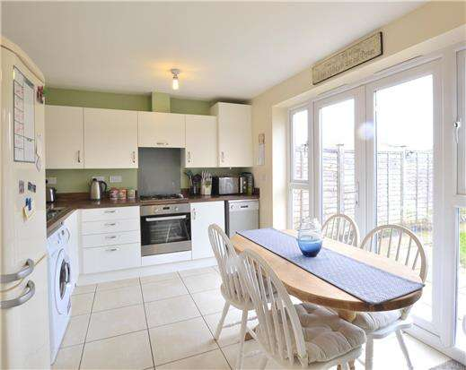 2 Bedrooms Semi Detached House for sale in Tiger Moth Close, Brockworth, Gloucester, GL3 4UJ