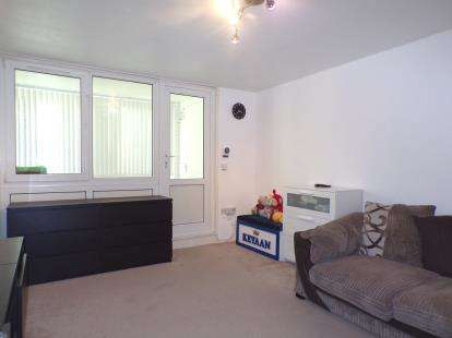 1 Bedroom Flat for sale in Waverley Road, Northumberland Park, Tottenham, London
