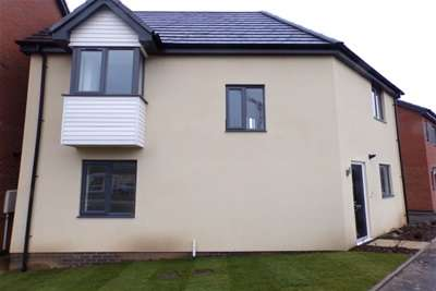 3 Bedrooms House for rent in John Guest Close